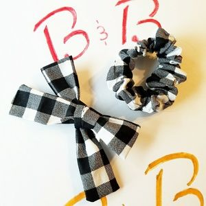 Scrunchie and Bow set